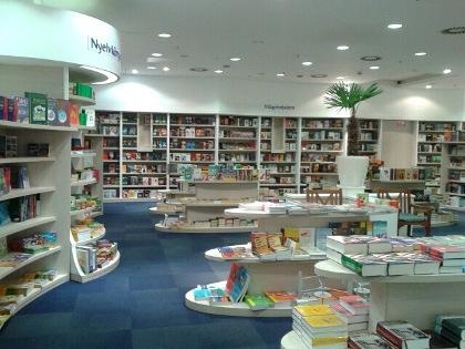 Árkád Líra-Móra Könyváruház