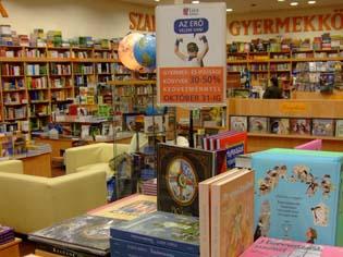 Family Center Líra Könyváruház